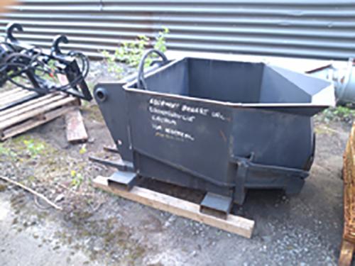 Bac à béton avec ouverture hydraulique